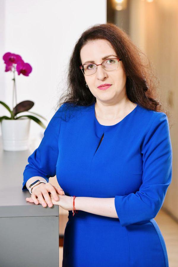 Alina-Adriana ARSENI